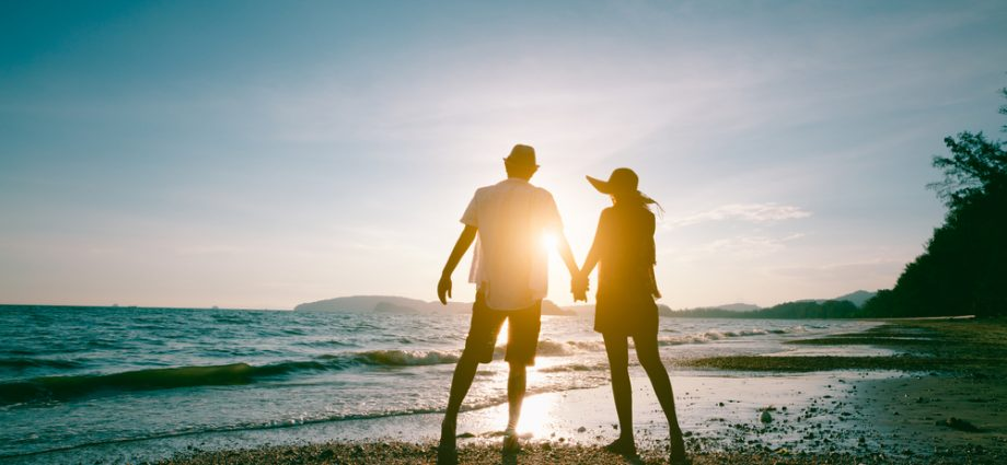 Early retirement idea with life insurance retirement plan